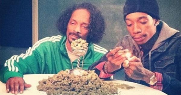 Snoop-wiz-weed