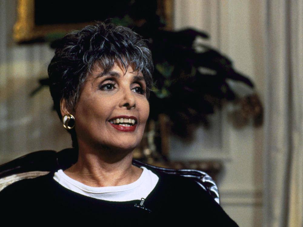 legendary_singer_and_actress_lena_horne_dies_at_92