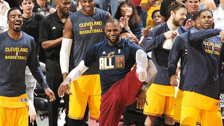 lebron-james-cavaliers-nba-finals-sweep-hawks-2015-playoffs